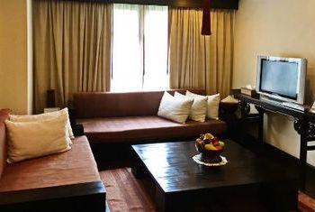 Bodhi Serene  living room
