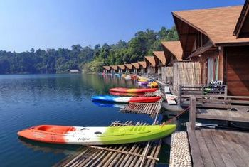 500 Rai Resort and boat house