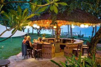Vinh Hung Resort Bar