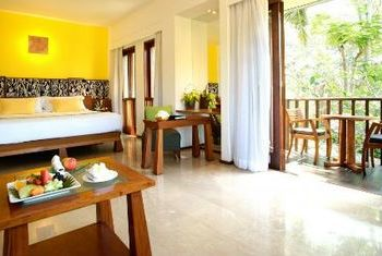 Maya Sanur Resort and Spa In the Room