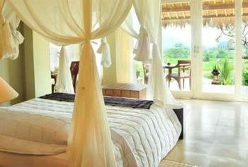 Surya Shanti Villa Bedroom