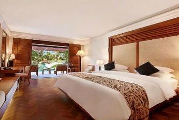 Nusa Dua Beach Hotel Bedroom