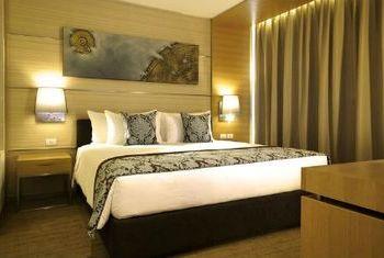 Anantara Sathorn Bangkok Bedroom