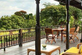 Mesa Stila - Central Java Balcony