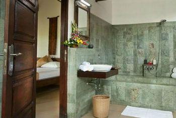 Teras Bali Bathroom