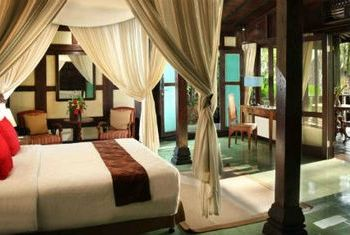 Mesa Stila - Central Java Bedroom