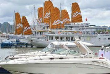 Paradise Luxury Cruise outside
