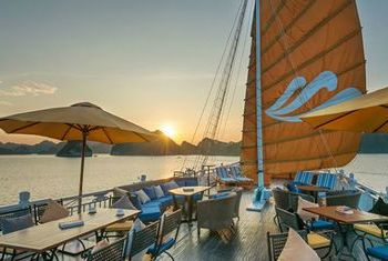 Paradise Luxury Cruise boat