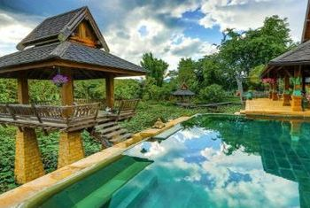 Howie's HomeStay pool