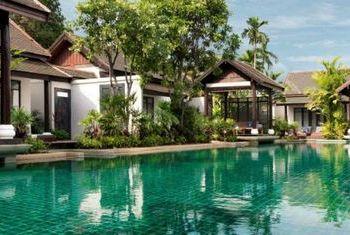 Anantara Lawana pool