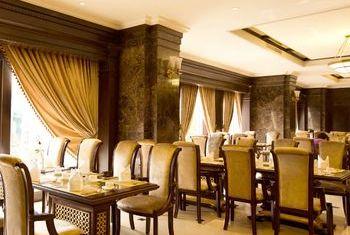 Eldora Hotel, Hue dining 2