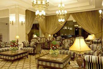 Eldora Hotel, Hue view