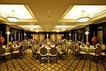 Eldora Hotel, Hue dining 1