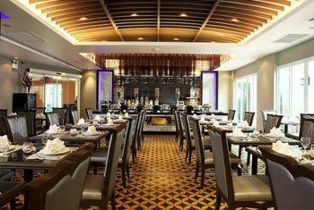 Chillax Resort restaurant