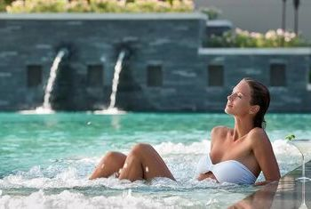 Anantara Layan Phuket Resort  pool