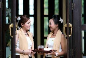 Na Nirand Romantic Boutique Resort members