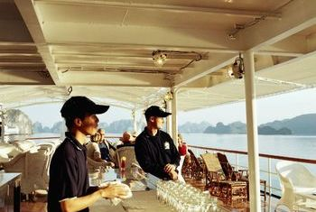 Emeraude Cruise Facillities