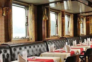 Emeraude Cruise Restaurant 2