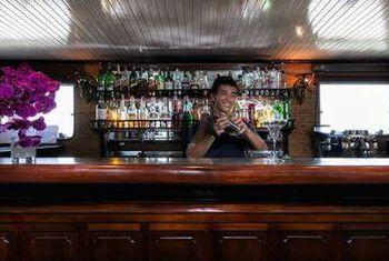 Emeraude Cruise Bar 2