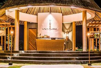 Lala Mukha Tented Resort restaurant