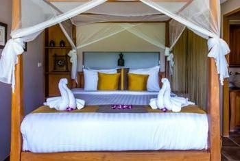 500 Rai Farm House Bed Room 2