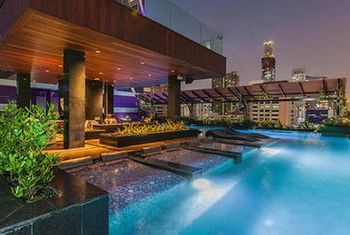 Mode Sathorn Hotel Swimming Pool