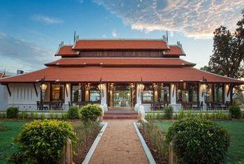 Sriwilai Sukhothai Resort and Spa main building