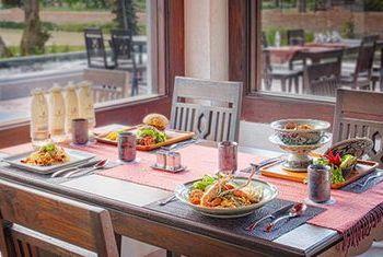 Sriwilai Sukhothai Resort and Spa restaurant