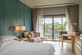 Dusit Thani Krabi Beach Resort Bedroom