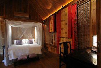 500 Rai Farm House Bedroom