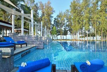Dusit Thani Krabi Beach Resort Pool 1