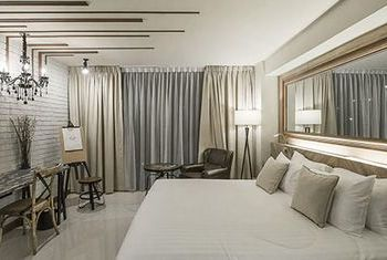 Art Mai Gallery Hotel bedroom 2