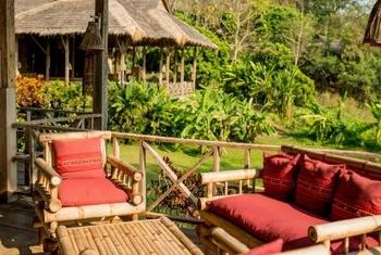 Lisu Lodge relaxing Daybed