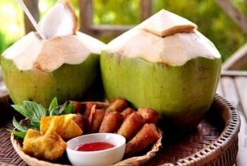 Lisu Lodge Coconut Drink