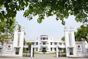Azerai La Residence building