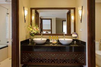 Hanoi La Siesta Hotel & Spa beds