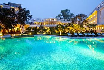 Azerai La Residence pool 2