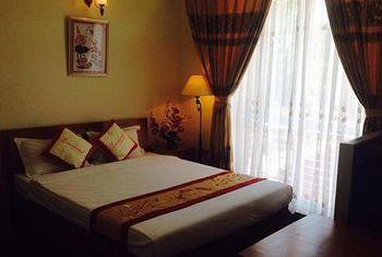 Thai Ninh Hotel Bedroom