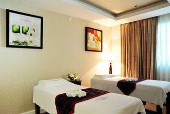 Thai Ninh Hotel single beds