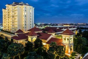 Sofitel Phnom Penh Phokeethra Overview