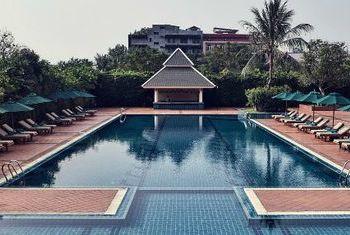 Sofitel Phnom Penh Phokeethra Pool