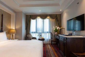 The Lapis Hotel