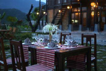 Mai Chau Ecolodge Outdoor Dinner