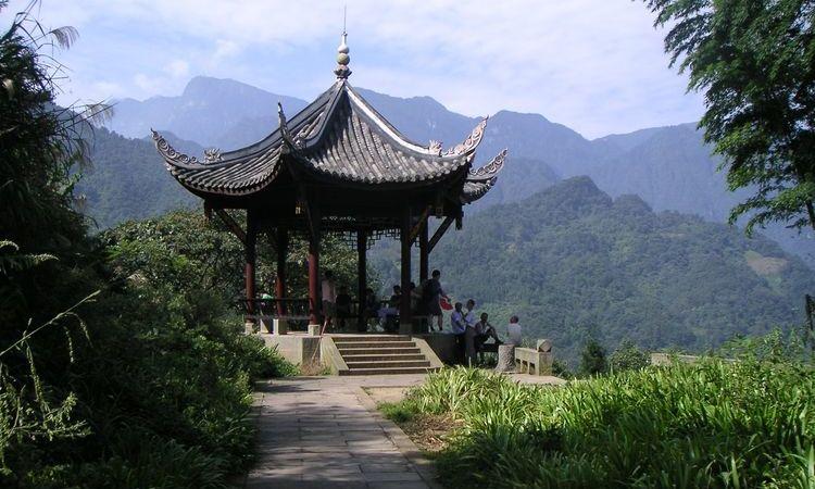 One Day Explore Emei Mountain - China