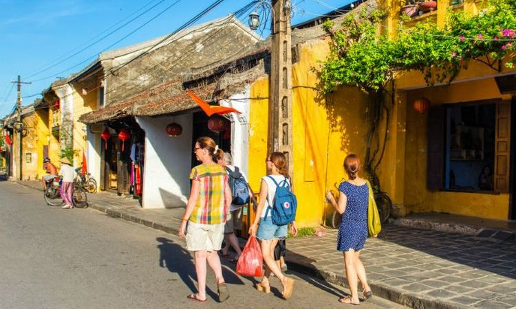Top 5 Best Shopping Experiences in Hoi An