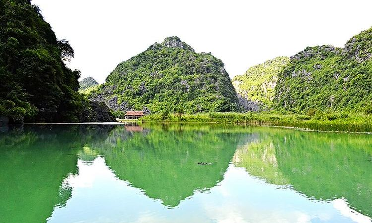 Ninh Binh, a Peaceful Land for a Soul Searching Retreat