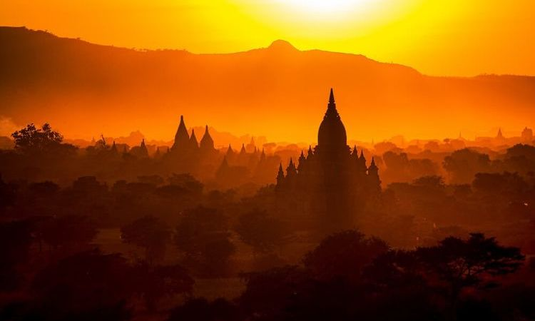 Top 6 Destinations To Enjoy Spectacular Sunset in Myanmar