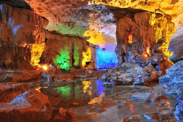 Tien Phi Cave: A Beautiful Landscape In Hoa Binh