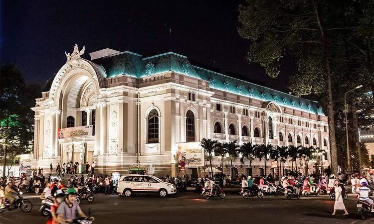 Nightlife in Saigon