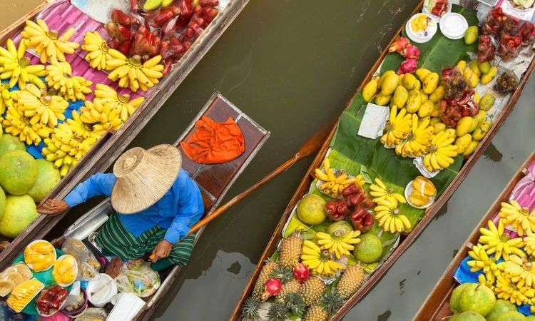 Top 5 Authentic Floating Markets in Thailand